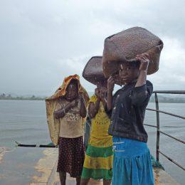 Die Ostküste Madagaskars ist sehr wasser- und regenreich, ganz im Gegensatz zum Süden und Westen.