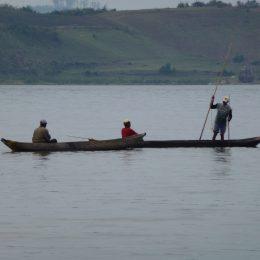 Fischer auf einem Binnensee