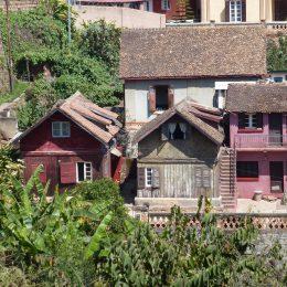 Zwei der ältesten noch existierenden Häuser Tanas, einst für zwei Prinzen (Zwillingsbrüder) gebaut.